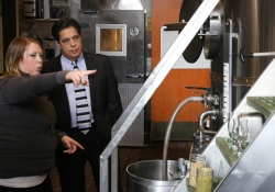 February 24, 2016: Sen. Costa Tours the Rock Bottom Restaurant & Brewery in Pittsburgh.
