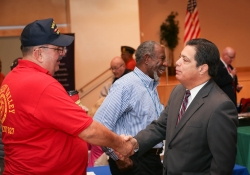 November 12, 2015: Senator Costa hosts Veterans' Fair.