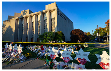 Pittsburgh, Pennsylvania / USA – Oct 30 2018: A makeshift shrine to the victims of Saturday's deadly shooting outside of Tree of Life synagogue in Pittsburgh.