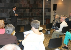 April 11, 2015: Senator Costa holds a townhall meeting in Oakmont.
