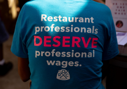 September 3, 2019: Elected officials work as servers for an hour to highlight the need for One Fair Wage