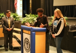 May 15, 2019: Sen. Costa met with students at Woodland Hills High School to hear their concerns about the state's role in supporting their school and community.